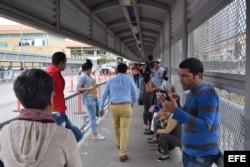 Cubanos bloqueados en la frontera entre México y Estados Unidos en Nuevo Laredo, tras la eliminación de la Ley Pies Secos Pies Mojados, por parte del demócrata Barack Obama.