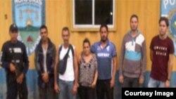 Otros seis ciudadanos de nacionalidad cubana retenidos en Honduras.