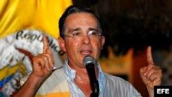 Foto de archivo del expresidente de Colombia, Álvaro Uribe.