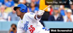 El jardinero cubano de los Dodgers Yasiel Puig fue amenazado por los contrabandistas de personas.