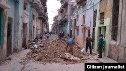 Reporta Cuba Foto Mario Hechavarría Escombros en La Habana Enero de 2016.
