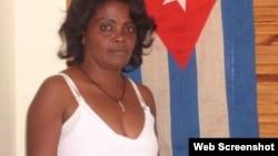 Damas de Blanco liberada denuncia acoso