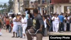 Damas de Blanco en Colón