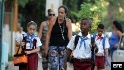 Entrevistas con Jorge Luis Artiles, Leonardo Cardero y Aymara Peña todos en Cuba.