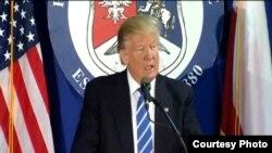 Trump durante su encuentro en Septiembre del 2016 con la Alianza Nacional Polaco-Estadounidense