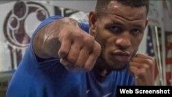 El boxeador guantanamero Sullivan Barrera.