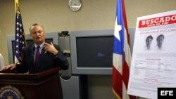 Fotografía de archivo. El jefe del FBI en Puerto Rico, Luis Fraticelli, se dirigía a los medios de comunicación el 7 de febrero de 2008, para informar sobre las investigaciones relacionadas con el robo de un camión de la Wells Fargo, en Connecticut, en 1983.