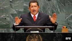 Archivo - Hugo Chavez ante la 61 Asamblea General de Naciones Unidas en la sede de Naciones Unidas en Nueva York, Estados Unidos.