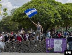 Promesa de diálogo de Ortega no calma agitación social en Nicaragua.