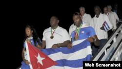 Los atletas cubanos regresan a casa tras ganar los Juegos Centroamericanos y del Caribe.