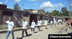 Activistas marchan en Palma Soriano. Reporta Cuba. Foto: Yriade Hernández.