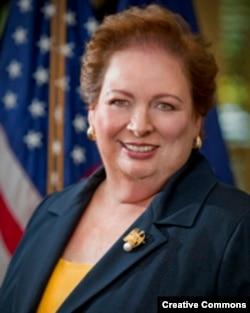 La encargada de asuntos del hemisferio occidental en el Departamento de Estado, Mari Carmen Aponte.
