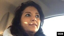 1800 Online con la ciberactivista cubana Osmara Martínez.