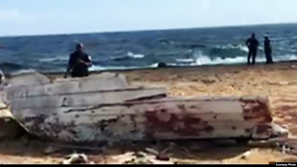 Restos del naufragio en que perecieron cuatro venezolanos que iba rumbo a Curazao.