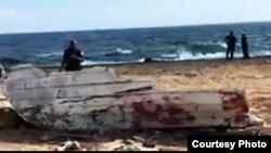 Restos del naufragio en que perecieron cuatro venezolanos que escapaban rumbo a Curazao.