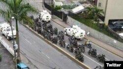 Motorizados y tanquetas de la Guardia Nacional Bolivariana ocuparon San Antonio de los Altos