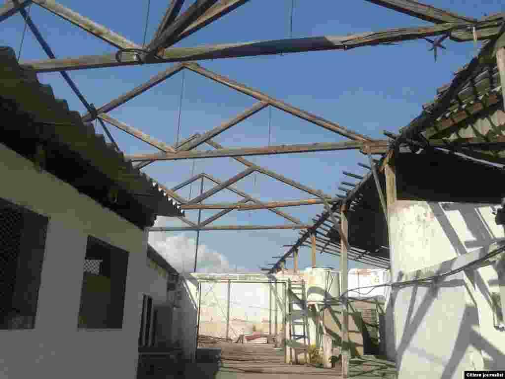 Reporta Cuba Stgo de Cuba, Cristina y Trocha devastado por Sandy Foto Ovidio Martin