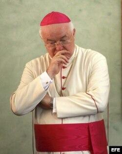 Fotografía de archivo del 12 de agosto de 2011 del destituido nuncio apostólico en el país, Jósef Wesolowski.