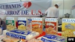 Productos de Riceland Foods que se presentaron en la 24 edición de la Feria Internacional de La Habana (FIHAV 2006). Archivo.