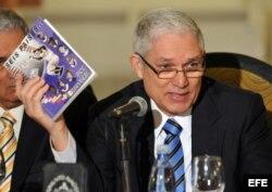 El presidente de la Confederación de Béisbol Profesional del Caribe (CBPC), el dominicano Juan Francisco Puello.