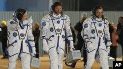 Los tripulantes enfrentan una prueba de resistencia en la Estación Espacial Internacional.