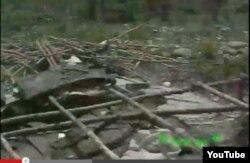 Otra clase de derrumbes: éste no lo causó un ciclón, sino la policía después de un desalojo