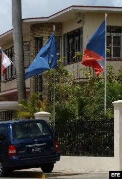 Fachada de la embajada de la República Checa en Cuba, ubicada en el barrio de Nuevo Vedado, en La Habana (Cuba).