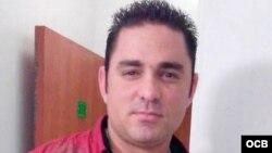 1800 Online con el emprendedor (cuentapropista) cubano Orlando González Cento.