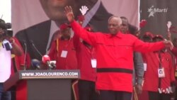 Votantes por primera vez en Angola