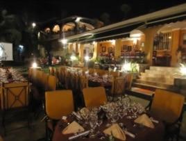 Restaurante Divino, en el reparto Mantilla.
