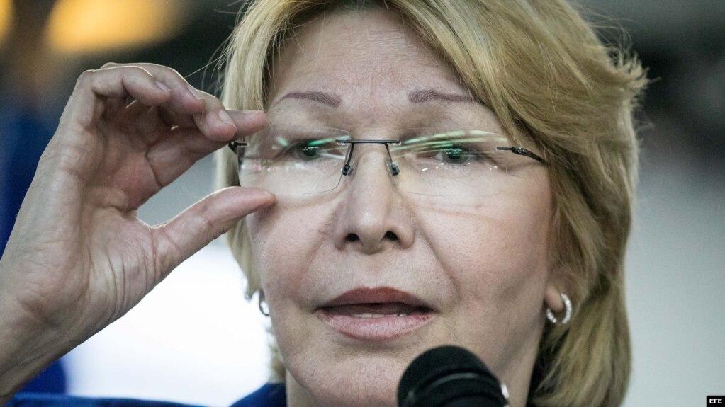 La fiscal general de Venezuela, Luisa Ortega Díaz, ofrece declaraciones a la prensa.