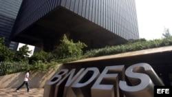Banco Nacional de Desarrollo Económico y Social de Brasil.