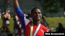 El cubano Richer Pérez, campeón de maratón de los Juegos Panamericanos de Toronto 2015.