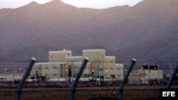 Imagen de archivo datada el 18 de noviembre del 2005 de la planta atómica de Natanz, Irán.