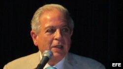 El alcalde de Miami, Tomás Regalado.