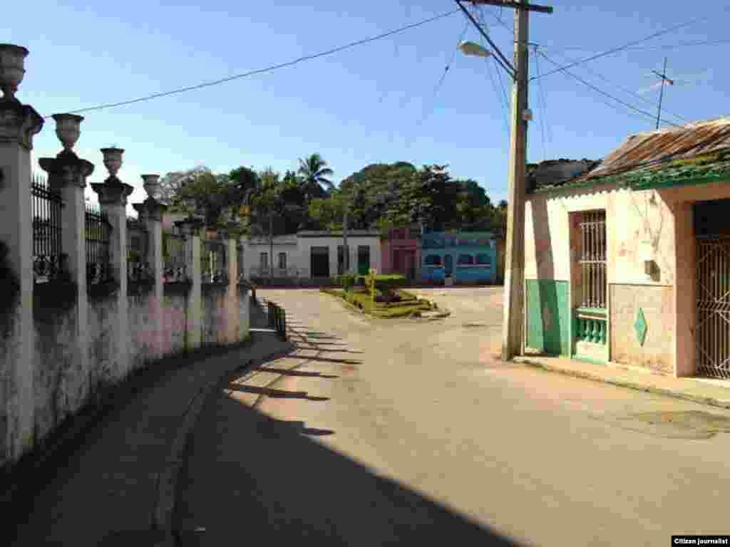 Manuel Robles Villamarín nos muestra algunas locaciones de Guanabacoa, en La Habana.
