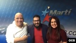 1800 Online con el actor cubano Ricardo Becerra.