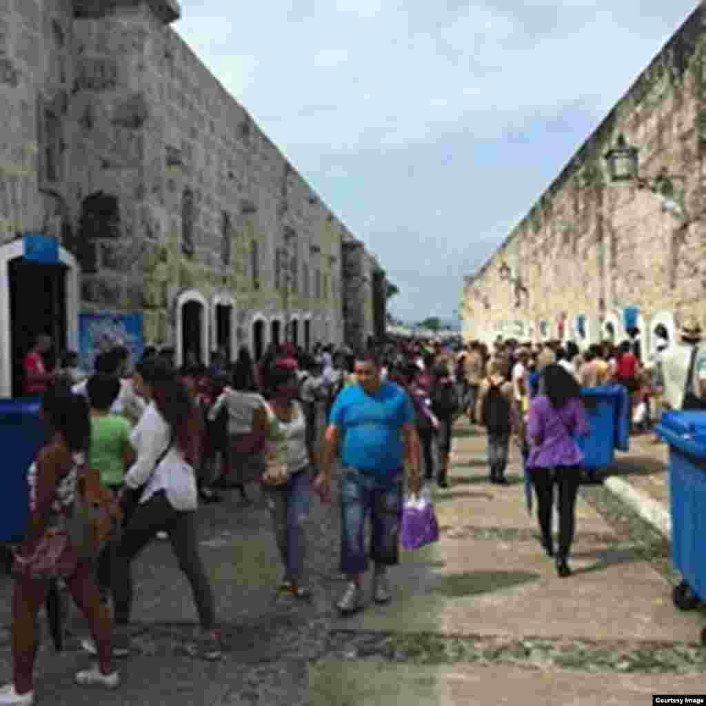 Feria del Libro de La Habana. Foto Cortesía de Iván García.