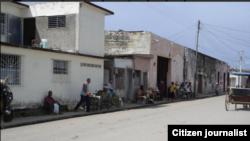 Reporta Cuba Colón cuentapropistas venden en las calles Foto @ivanlibre