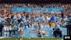 Manchester City celebra el título en la Liga Premier
