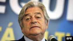 Luis Alberto Lacalle califica de error invitar a Cuba