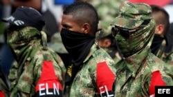 Miembros desmovilizados del Frente de Guerra Suroccidental del ELN. (Archivo)