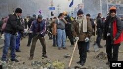 Manifestantes opositores al gobierno ucraniano (Archivo)