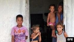 Denuncian retiro de asistencia a familias cubanas que antes la recibían