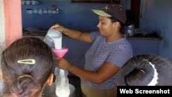 Venta de leche racionada Cuba