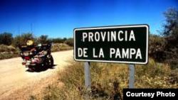 Los médicos cubanos atenderían a comunidades pequeñas del interior de la provincia argentina de La Pampa.