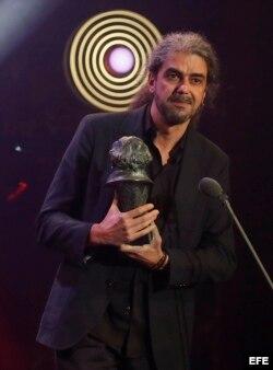 """Fernando León de Aranoa ganó el Goya al """"Mejor guión adaptado"""" por """"Un día perfecto""""."""