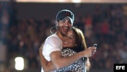 Enrique Iglesias y Jenifer Lopez en Los Angeles