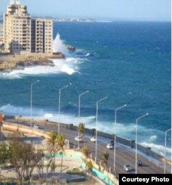 Vista del Malecón desde el Hotel Riviera