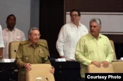 ¿Sillas musicales? Raúl Castro ha prometido no reelegirse como presidente del Consejo de Estado en febrero de 2018. Debería reemplazarlo el Primer Vicepresidente Miguel Díaz-Canel Bermúdez